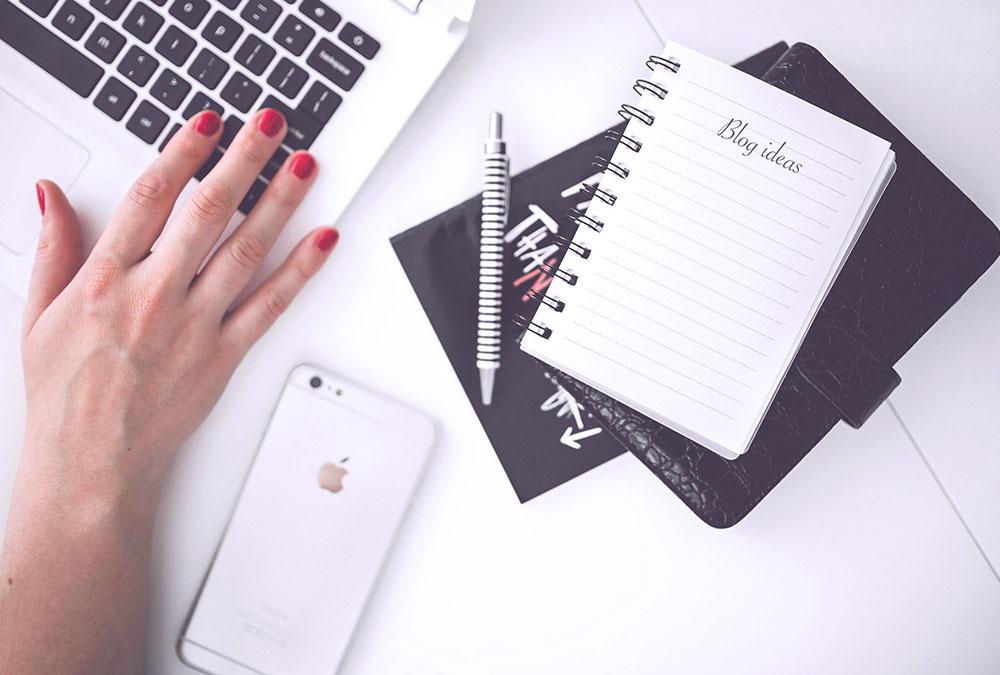 Come scrivere un blog Pc Iphone Blocco Note